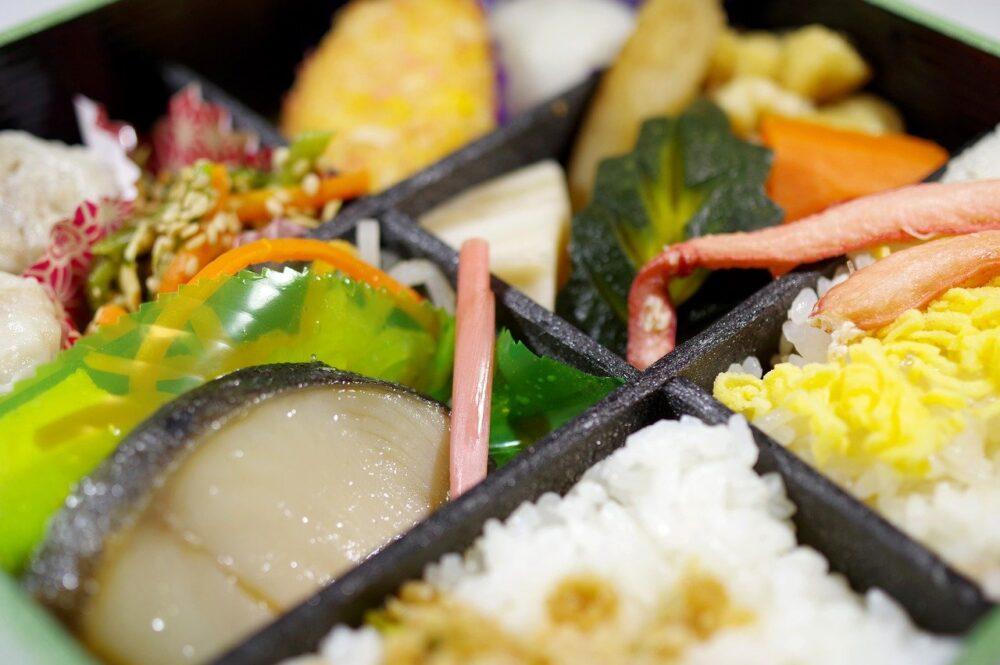 Lunch Box Japanese Food Japan Food  - takedahrs / Pixabay